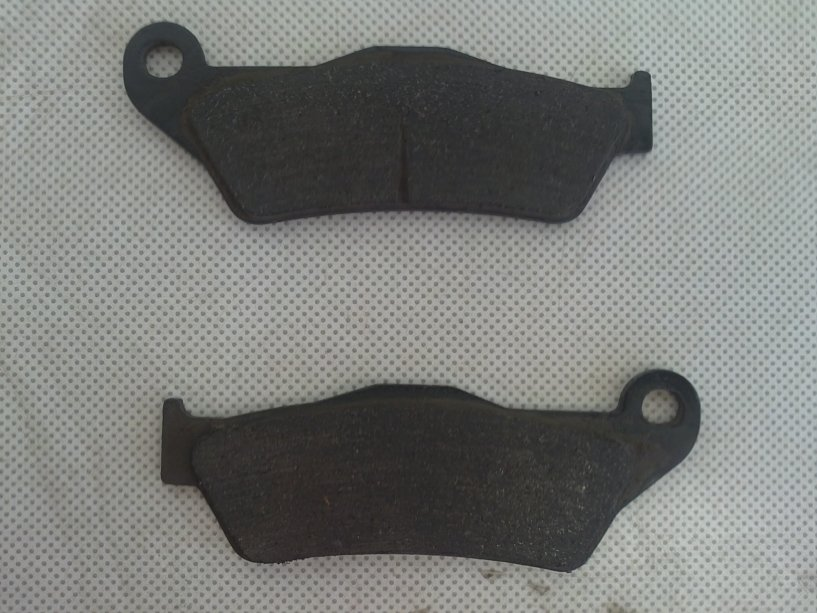 LUC'S TIPS JUNE 2013: Brake Pad Inspection Before Riding